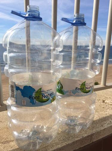 Lege plastic flessen